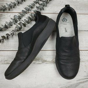 Clarks Sillian Paz Cloudsteppers Black Flats